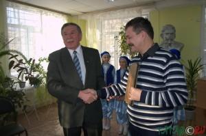 булгарскому поэту-гуманисту Кул Гали