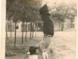 1955 г.Завод ЗОР.Во дворе общежития.