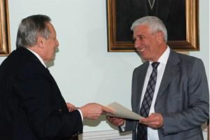 проф., д-ру Михаилу Станчеву из Харьковского университета